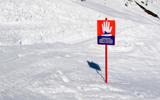 A safe skiing experience with a certified ski-guide